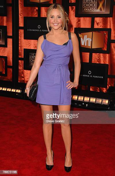 Actress Amanda Bynes arrives at the 13th ANNUAL CRITICS' CHOICE AWARDS at the Santa Monica Civic Auditorium on January 7, 2008 in Santa Monica,...