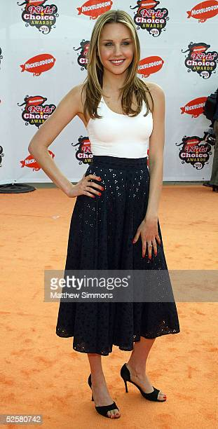 Actress Amanda Bynes arrives at the 18th Annual Kids Choice Awards at UCLA's Pauley Pavillion on April 2 2005 in Westwood California