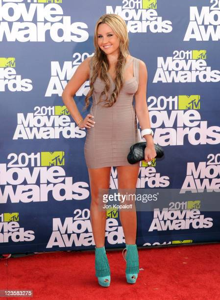 Actress Amanda Bynes arrives at the 2011 MTV Movie Awards at Gibson Amphitheatre on June 5 2011 in Universal City California