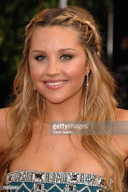 Actress Amanda Bynes arrives to the 14th Annual Screen Actors Guild Awards at the Shrine Auditorium on January 27 2008 in Los Angeles California