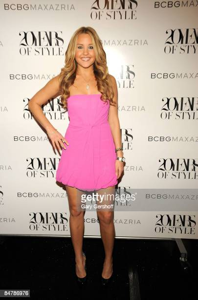 Actress Amanda Bynes attends BCBG Max Azria Fall 2009 backstage during MercedesBenz Fashion Week at The Tent in Bryant Park on February 13 2009 in...