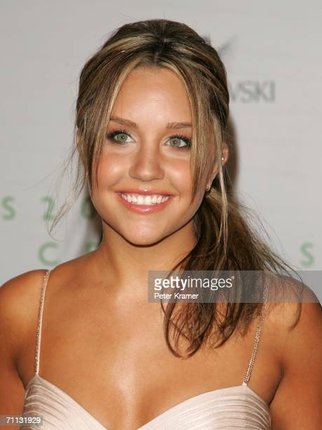 Actress Amanda Bynes attends the 2006 CFDA Awards at the New York Public Library on June 5 2006 in New York City