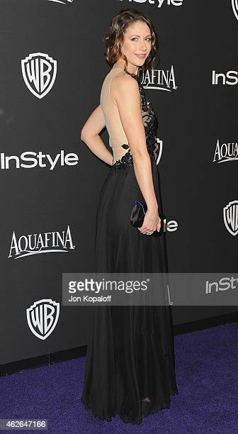 Actress Amanda Crew arrives at the 16th Annual Warner Bros And InStyle PostGolden Globe Party at The Beverly Hilton Hotel on January 11 2015 in...