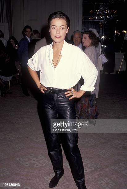 Actress Amanda Donohoe attends Artios Awards on October 17 1991 at the Beverly Hilton Hotel in Beverly Hills California