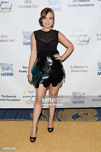 Actress Amanda Fuller arrives at the Midnight Mission's 'Golden Heart Awards' honoring Tim Allen and Jason Sinay at the Beverly Wilshire Four Seasons...