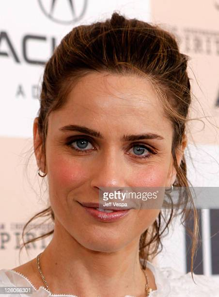 Actress Amanda Peet arrives at the 2011 Film Independent Spirit Awards at Santa Monica Beach on February 26 2011 in Santa Monica California