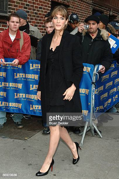 Actress Amanda Peet arrives at the Ed Sullivan Theater for a taping of the 'Late Show with David Letterman' February 23 2006 in New York City