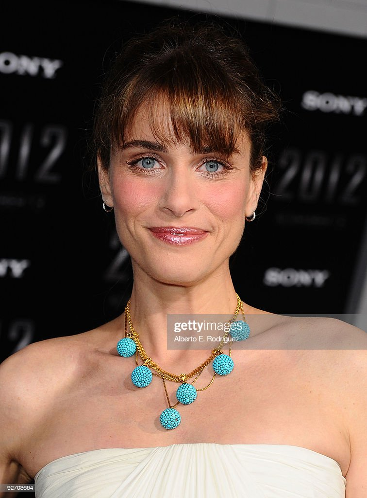 """Premiere Of Sony Pictures' """"2012"""" - Arrivals"""