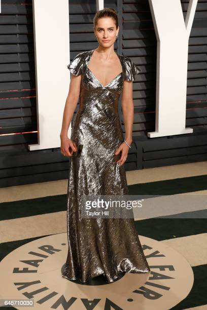 Actress Amanda Peet attends 2017 Vanity Fair Oscar Party Hosted By Graydon Carter at Wallis Annenberg Center for the Performing Arts on February 26...