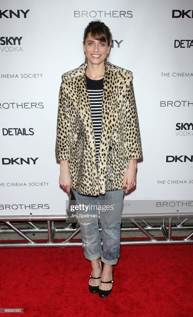 Actress Amanda Peet attends the Cinema Society and DKNY Men screening of 'Brothers' at the SVA Theater on November 22, 2009 in New York City.