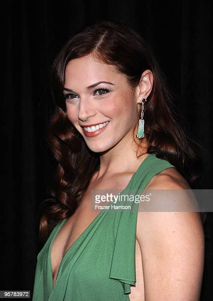 Actress Amanda Righetti arrives at the DIC/InStyle's 9th Annual Awards Season Diamond Fashion Show Preview at the Beverly Hills Hotel on January 14...
