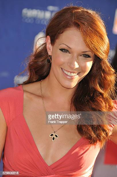 Actress Amanda Righetti arrives at the premiere of Paramount Pictures Marvel Entertainment's 'Captain America The First Avenger' held at the El...