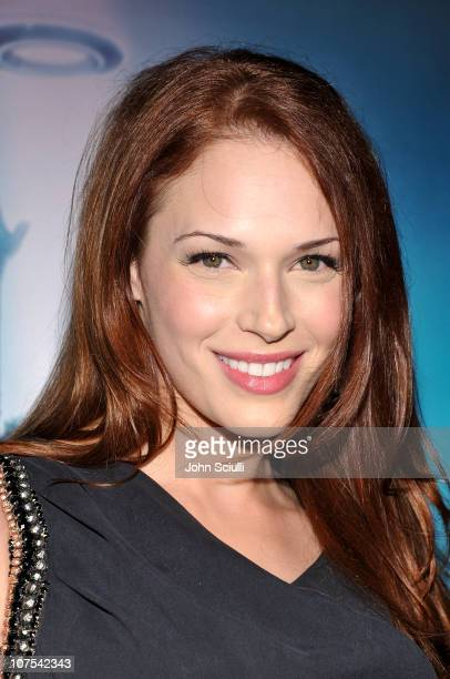 Actress Amanda Righetti arrives at Walt Disney's 'TRON Legacy' World Premiere held at the El Capitan Theatre on December 11 2010 in Los Angeles...