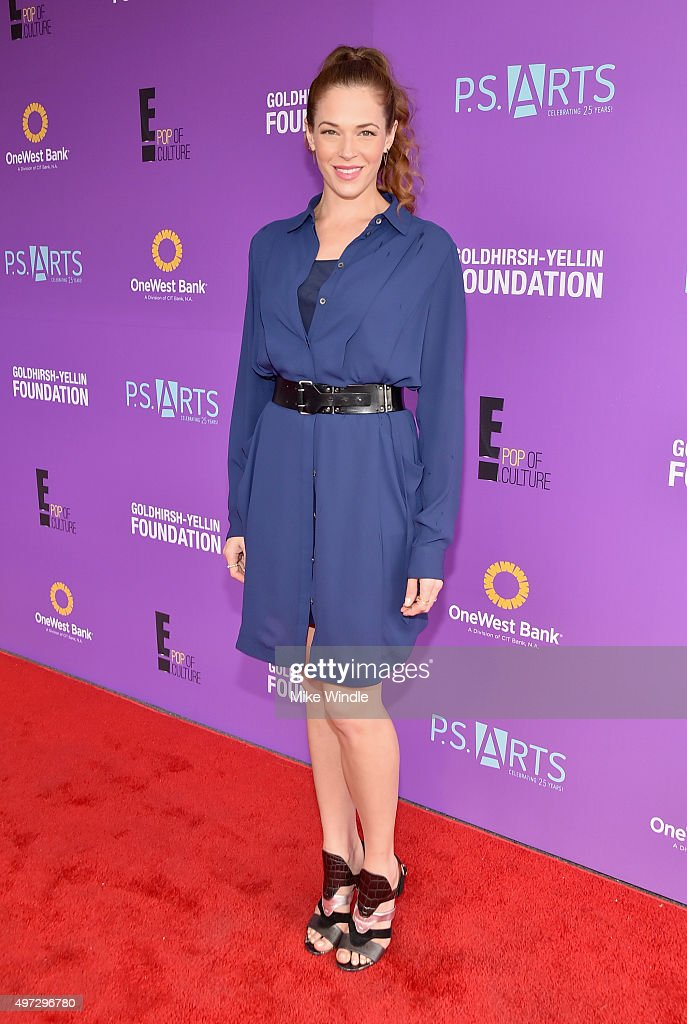 Actress Amanda Righetti attends Express Yourself 2015 to benefit P.S. ARTS, providing arts education to 25,000 public school students each week at Barker Hangar on November 15, 2015 in Santa Monica, California.