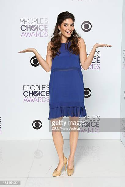 Actress Amanda Setton poses in the CBS/People's Choice Awards Photo Booth during The 40th Annual People's Choice Awards at Nokia Theatre LA Live on...
