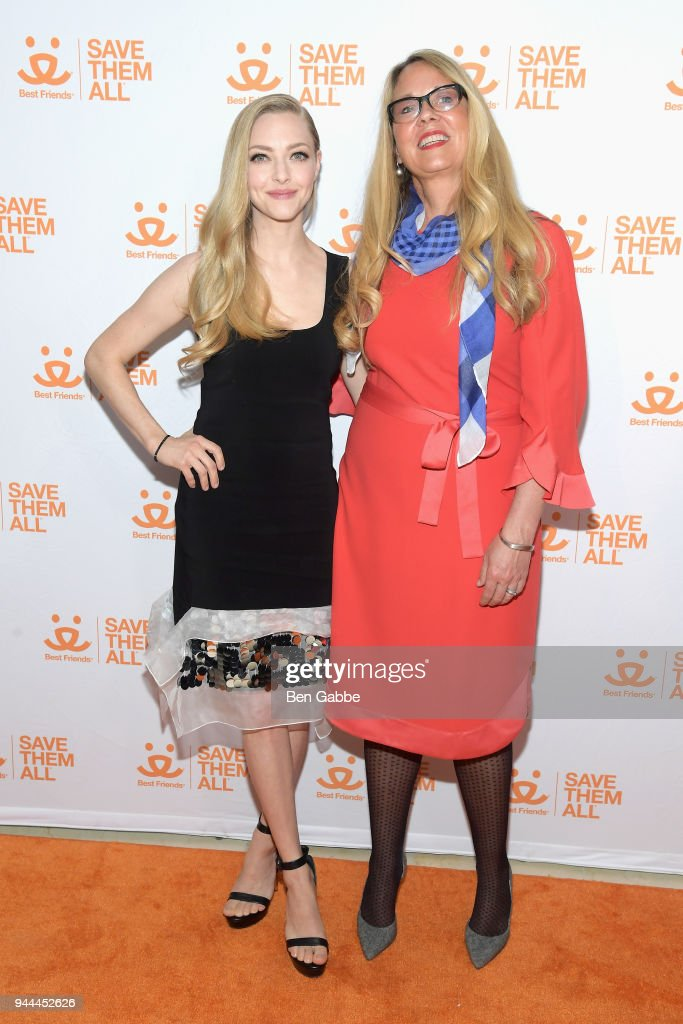 Actress Amanda Seyfried (L) and CEO of Best Friends Animal Society Julie Castle attend the Best Friends Animal Society's 3rd Annual New York City Gala at Guastavino's on April 10, 2018 in New York City.