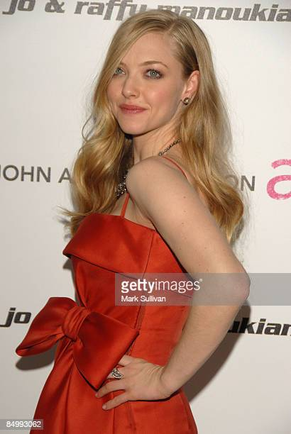 Actress Amanda Seyfried arrives at the 17th Annual Elton John AIDS Foundation's Academy Award Viewing Party held at the Pacific Design Center on...