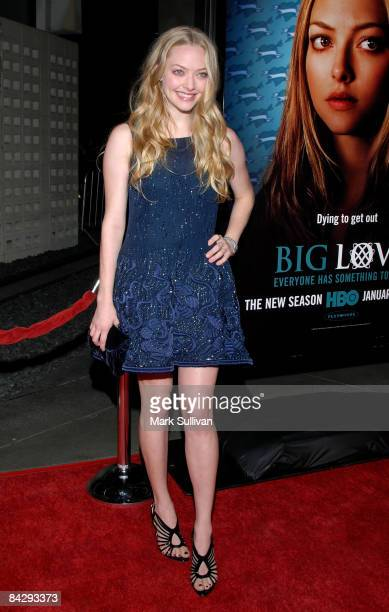 Actress Amanda Seyfried arrives at the 3rd season Los Angeles premiere of Big Love at The Cinerama Dome on January 14 2009 in Hollywood California