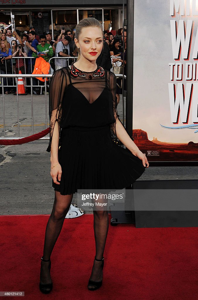 """""""A Million Ways To Die In The West"""" - Los Angeles Premiere - Arrivals : ニュース写真"""