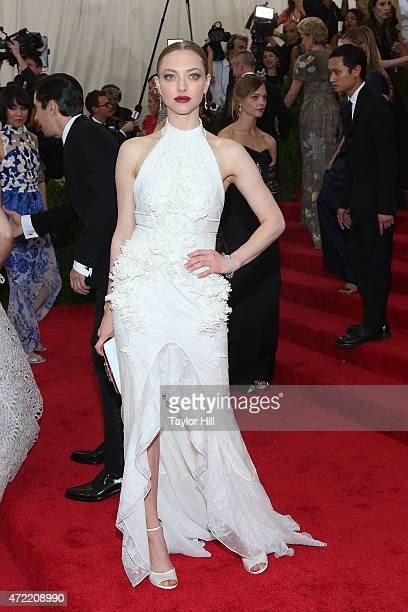 Actress Amanda Seyfried attends 'China Through the Looking Glass' the 2015 Costume Institute Gala at Metropolitan Museum of Art on May 4 2015 in New...