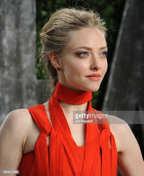 Actress Amanda Seyfried attends the 2013 Vanity Fair Oscar party at Sunset Tower on February 24 2013 in West Hollywood California