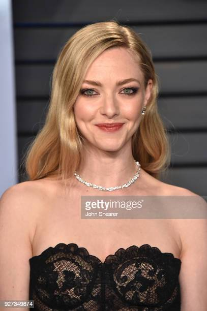 Actress Amanda Seyfried attends the 2018 Vanity Fair Oscar Party hosted by Radhika Jones at Wallis Annenberg Center for the Performing Arts on March...