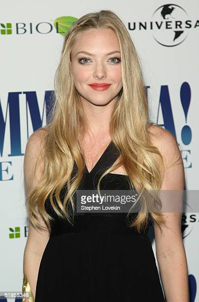Actress Amanda Seyfried attends the American premiere of 'Mamma Mia' at the Ziegfeld Theatre on July 16 2008 in New York City