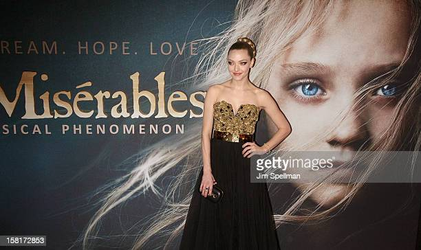 Actress Amanda Seyfried attends the 'Les Miserables' New York premiere at Ziegfeld Theatre on December 10 2012 in New York City