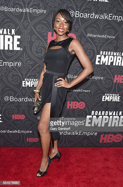 Actress Amanda Warren attends the 'Boardwalk Empire' Season 5 Premiere at Ziegfeld Theatre on September 3 2014 in New York City