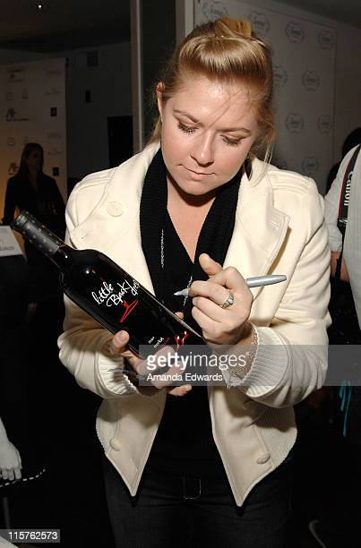 Actress Amber Frakes poses at Little Black Dress Wines at Kari Feinstein Golden Globes Style Lounge held at Zune LA on January 9 2009 in Los Angeles...