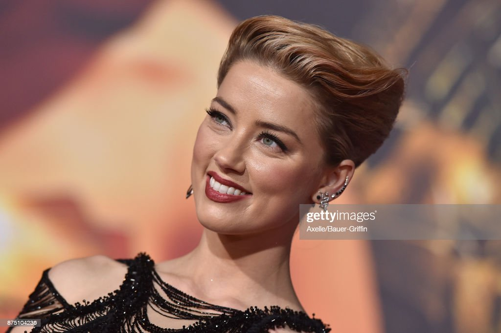 Actress Amber Heard arrives at the premiere of Warner Bros. Pictures' 'Justice League' at Dolby Theatre on November 13, 2017 in Hollywood, California.