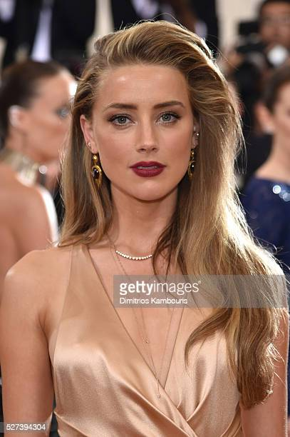 Actress Amber Heard attends the Manus x Machina Fashion In An Age Of Technology Costume Institute Gala at Metropolitan Museum of Art on May 2 2016 in...
