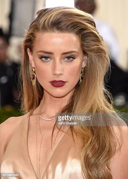 Actress Amber Heard attends the 'Manus x Machina: Fashion In An Age Of Technology' Costume Institute Gala at Metropolitan Museum of Art on May 2,...