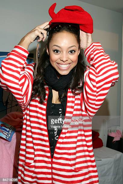 Actress Amber Stevens attends the Visual Impact Now PreGolden Globes Luncheon hosted by January Jones on January 8 2009 in Los Angeles California