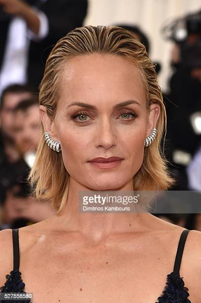 Actress Amber Valletta attends the 'Manus x Machina Fashion In An Age Of Technology' Costume Institute Gala at Metropolitan Museum of Art on May 2...