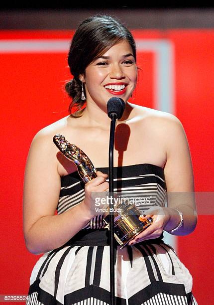 Actress America Ferrera accepts the Entertainer of the Year award onstage during the 2008 ALMA Awards at the Pasadena Civic Auditorium on August 17...