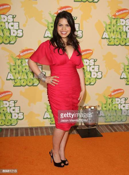 Actress America Ferrera arrives at Nickelodeon's 2009 Kids' Choice Awards at UCLA's Pauley Pavilion on March 28 2009 in Westwood California