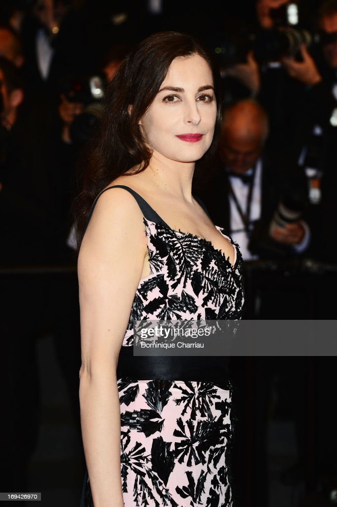Actress Amira Casar attends the Premiere of 'Michael Kohlhaas' at The 66th Annual Cannes Film Festival at Palais des Festivals on May 24, 2013 in Cannes, France.
