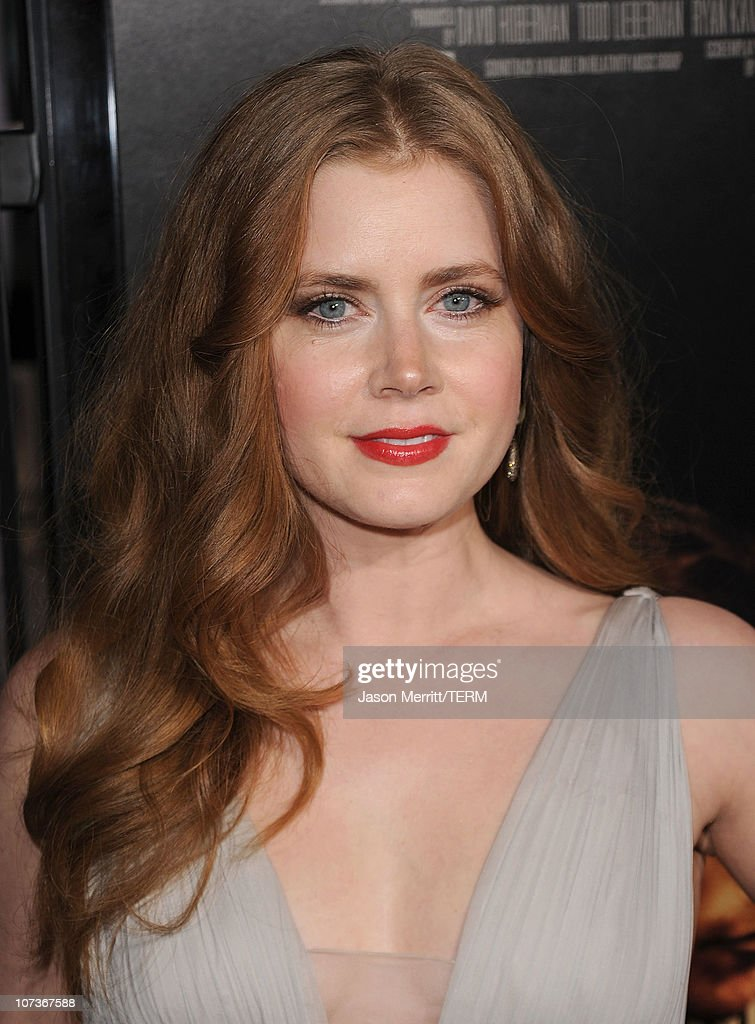 """Premiere Of Paramount Pictures' """"The Fighter"""" - Arrivals : News Photo"""