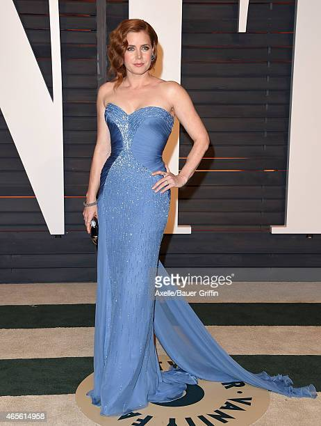 Actress Amy Adams arrives at the 2015 Vanity Fair Oscar Party Hosted By Graydon Carter at Wallis Annenberg Center for the Performing Arts on February...