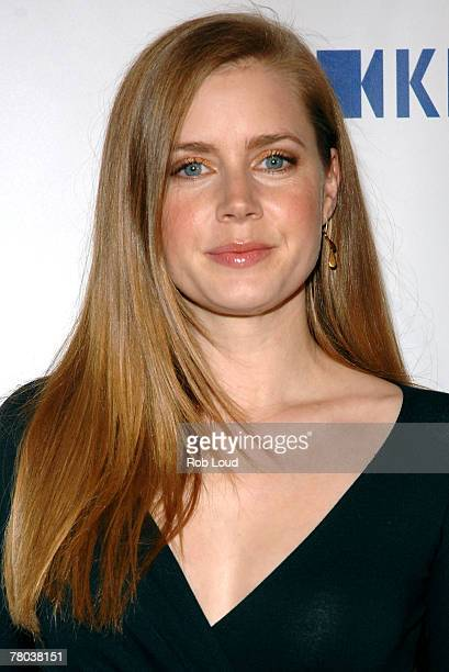 Actress Amy Adams arrives at the Esquire Magazine and Amy Adam's 'Communities in Schools' event honoring Bill Miliken at Esquire North on November 20...