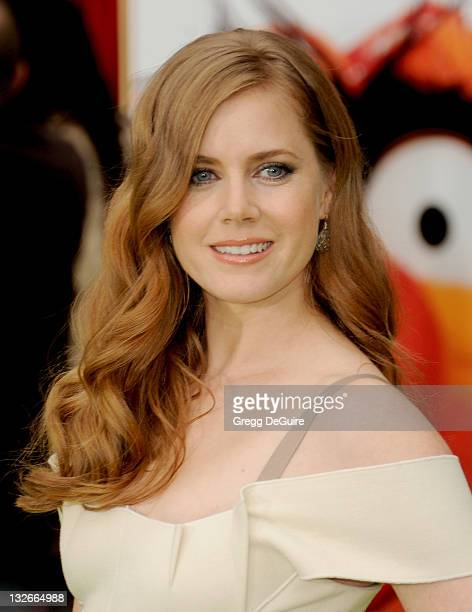 Actress Amy Adams arrives at The Muppets Los Angeles Premiere at the El Capitan Theatre on November 12 2011 in Hollywood California