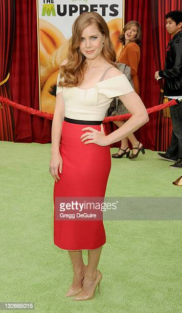 Actress Amy Adams arrives at 'The Muppets' Los Angeles Premiere at the El Capitan Theatre on November 12 2011 in Hollywood California