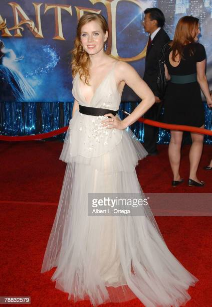 """Actress Amy Adams arrives at the World Premiere of Walt Disney Pictures' """"Enchanted"""" held at the El Capitan Theater on November 17, 2007 in..."""