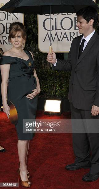 Actress Amy Adams arrives with Darren DeGallo for the 67th Golden Globe Awards on January 17 2010 in Beverly Hills California The Golden Globe Awards...