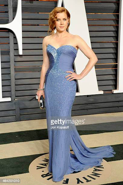 Actress Amy Adams attends the 2015 Vanity Fair Oscar Party hosted by Graydon Carter at Wallis Annenberg Center for the Performing Arts on February 22...