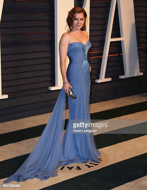 Actress Amy Adams attends the 2015 Vanity Fair Oscar Party hosted by Graydon Carter at the Wallis Annenberg Center for the Performing Arts on...