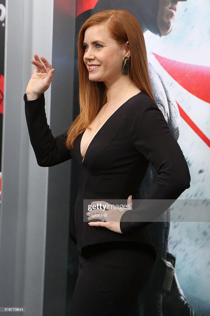"""Batman V Superman: Dawn Of Justice"" New York Premiere - Outside Arrivals : News Photo"