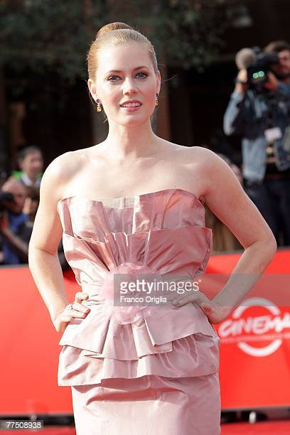 Actress Amy Adams attends the premiere for 'Enchanted'' during day 9 of the 2nd Rome Film Festival on October 26 2007 in Rome Italy
