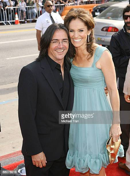 Actress Amy Brenneman and husband Brad Silberling arrive to the Los Angeles premiere of 'Land Of The Lost' held at Grauman's Chinese Theatre on May...